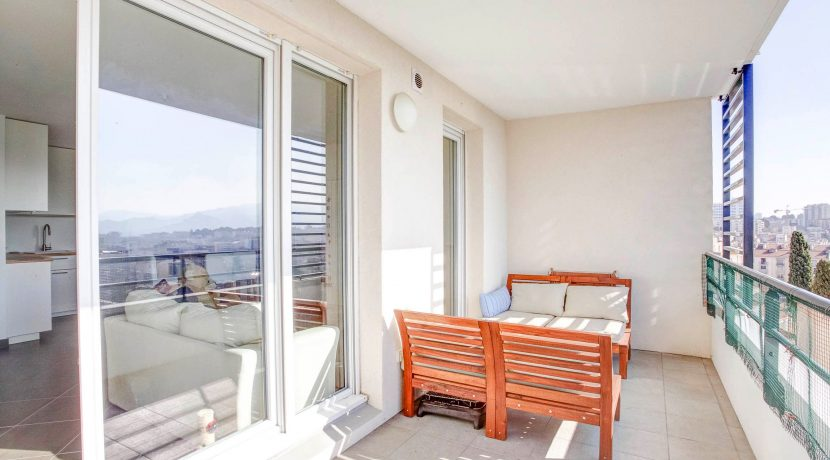 ma-terrasse-a-marseille-appartement-t4-piscine-longchamp-13001-11