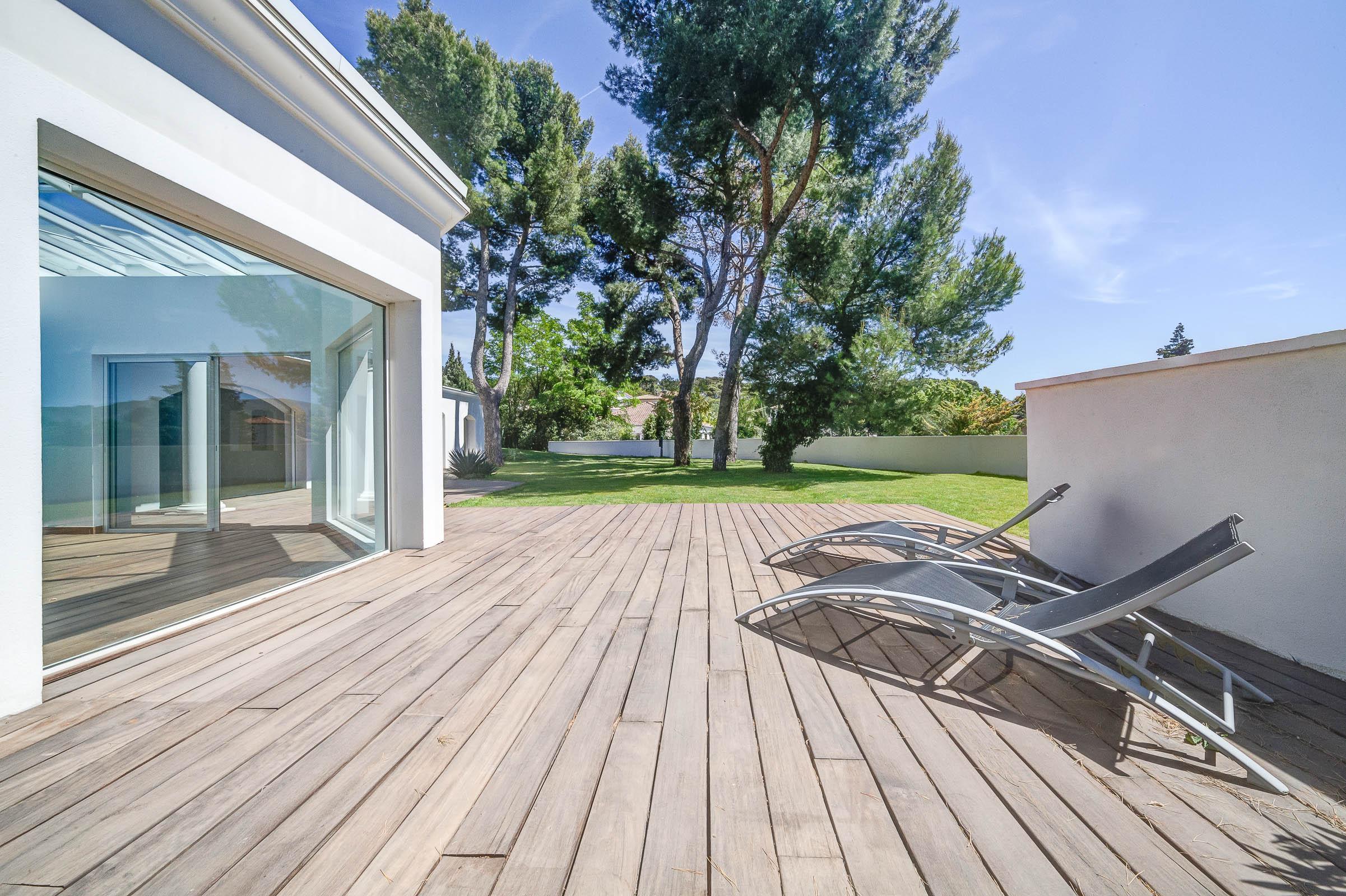 Grande Villa d&rsquo;architecte dans le 12<sup>ème</sup>