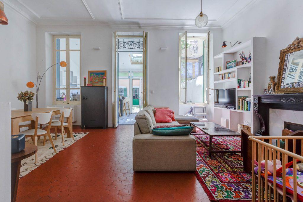ma terrasse a marseille centre ville prefecture jardin 6. Black Bedroom Furniture Sets. Home Design Ideas