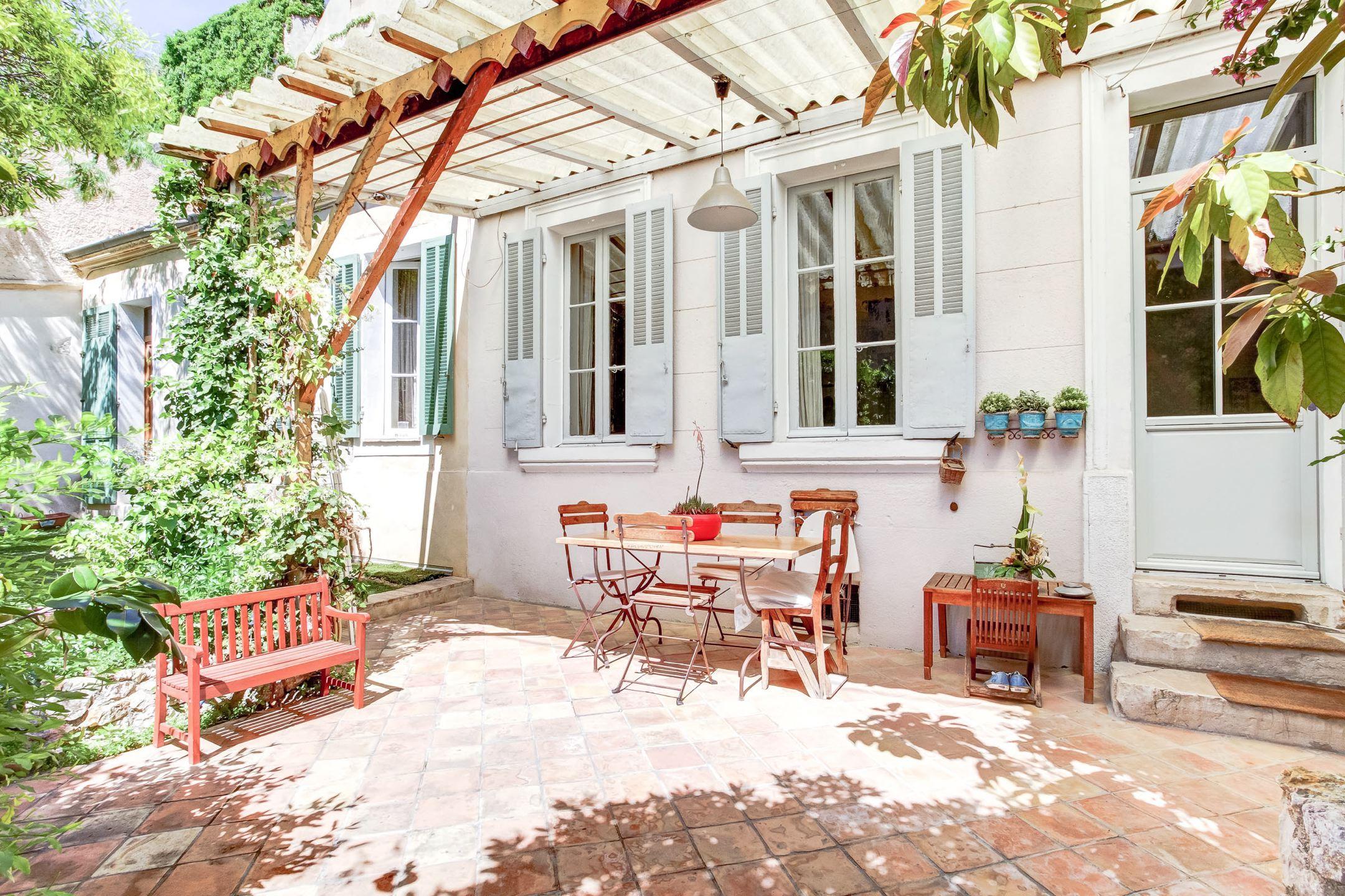 Calme et volupté à Vauban – T5 en rez-de-jardin