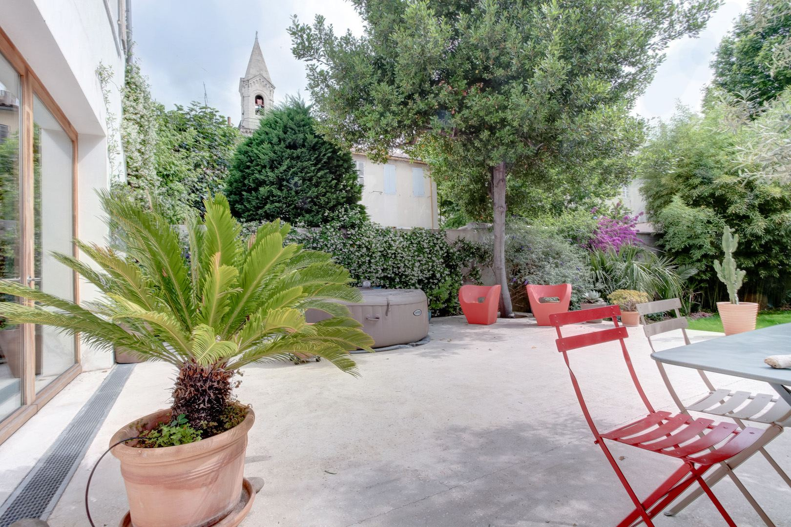 Maison pour une grande famille moderne dans le 5 me ma terrasse marseille - Terrasse jardin londrina quadra marseille ...