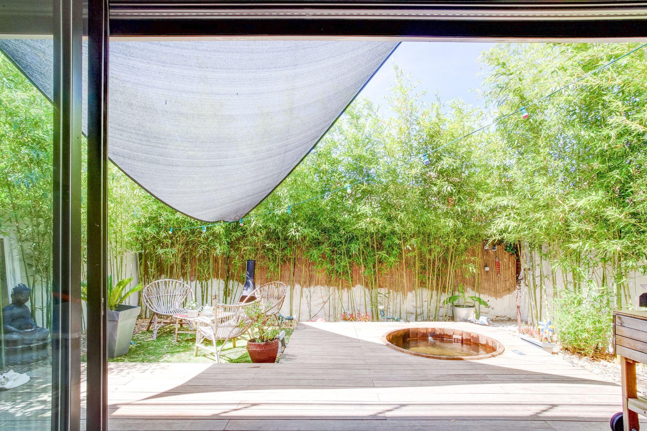 Maison d 39 architecte plein ciel proche du camas ma - Terrasse jardin londrina quadra marseille ...