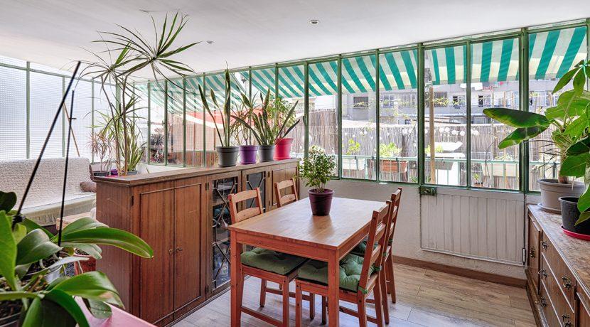 ma-terrasse-a-marseille-appartement-T2-Ferrari-13005-04