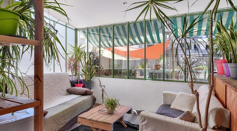 ma-terrasse-a-marseille-appartement-T2-Ferrari-13005-05
