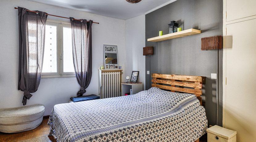 ma-terrasse-a-marseille-appartement-T2-Ferrari-13005-10