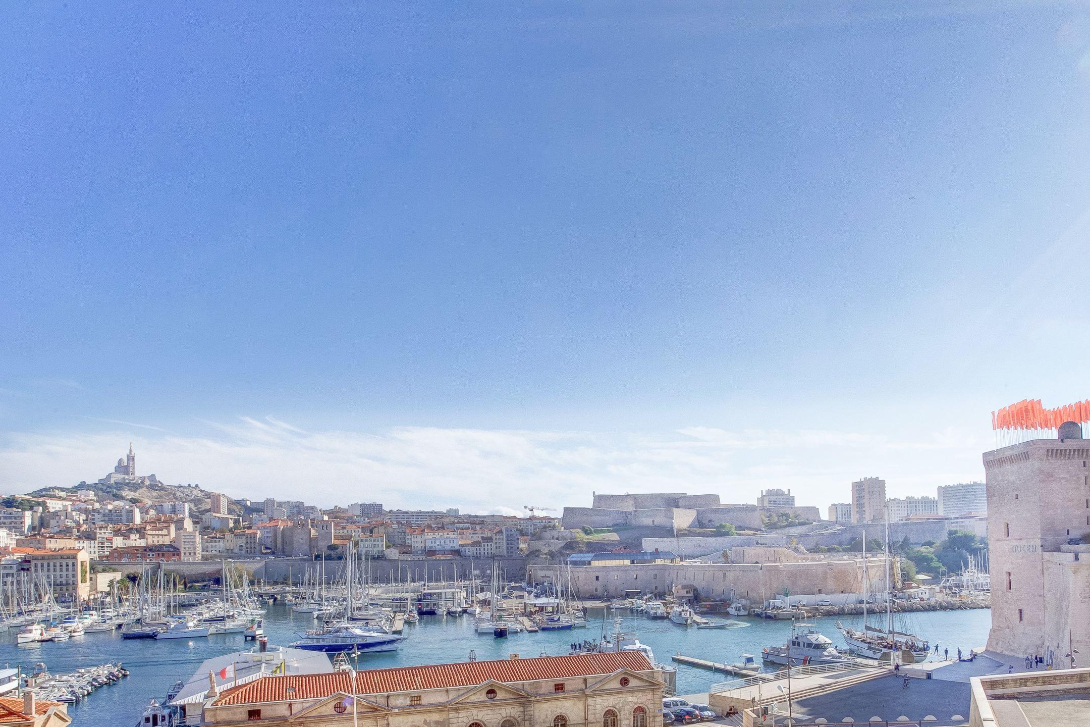 Vue hypnotique sur le Vieux Port