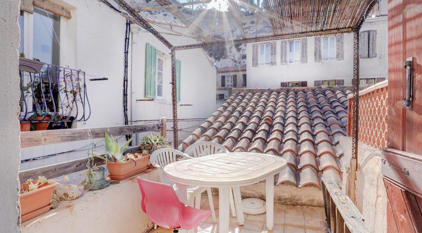 maison de pecheur ma terrasse a marseille vallon des auffes 1