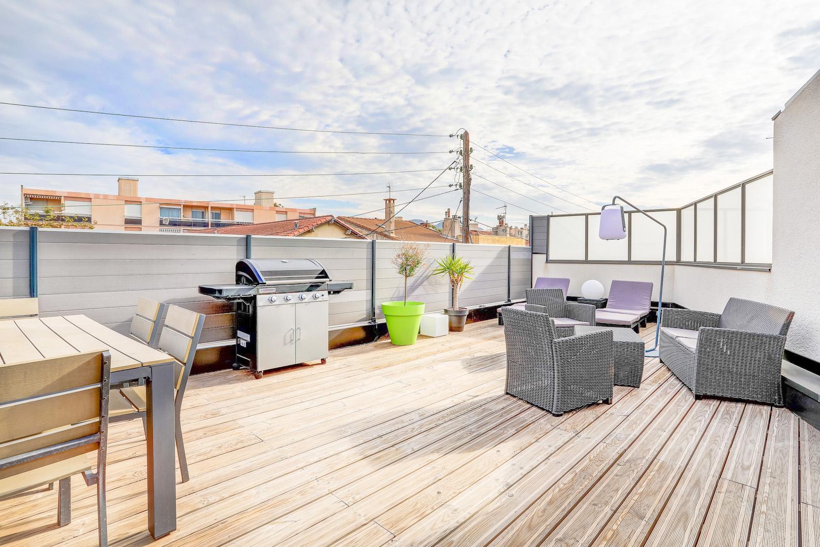 Ma terrasse marseille agence immobili re acheter for Appartement toit terrasse marseille 13008