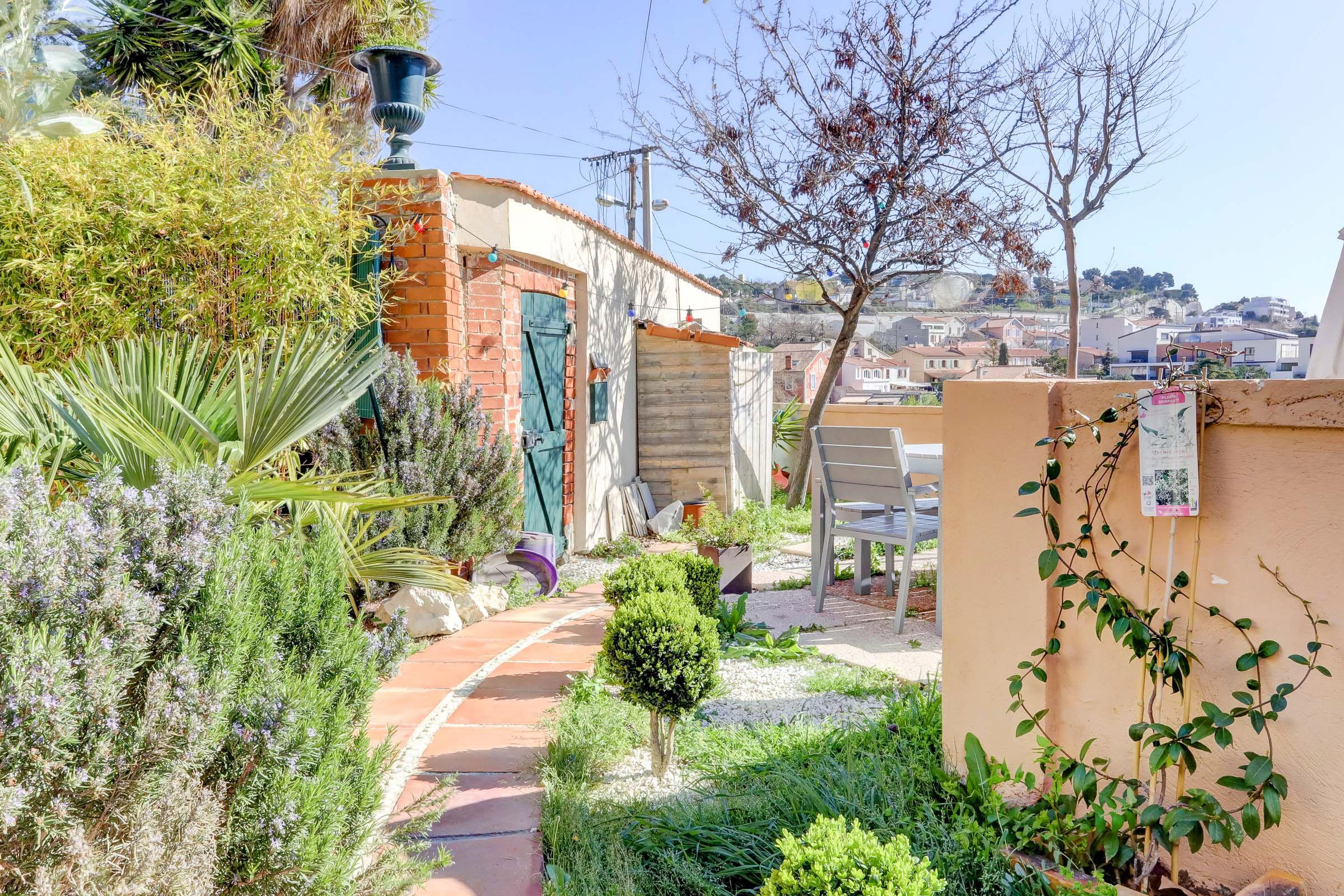 Maison panorama l 39 estaque ma terrasse marseille - Terrasse jardin londrina quadra marseille ...