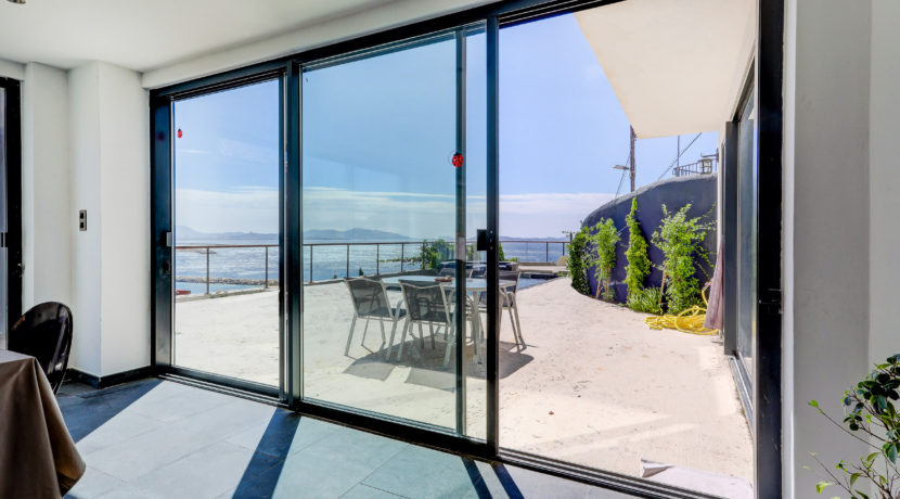 ma-terrasse-a-marseille-maison-piscine-vue-mer-13006-13