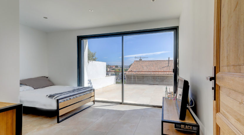 ma-terrasse-a-marseille-maison-piscine-vue-mer-13006-17