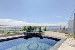 ma-terrasse-a-marseille-maison-piscine-vue-mer-13006-2