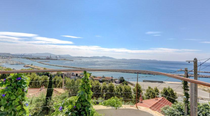 ma-terrasse-a-marseille-maison-piscine-vue-mer-13006-3