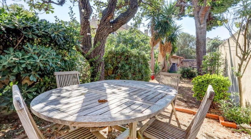 maison_endoume_jardin arboré_13007_lumineux_pleinsud_terrasse
