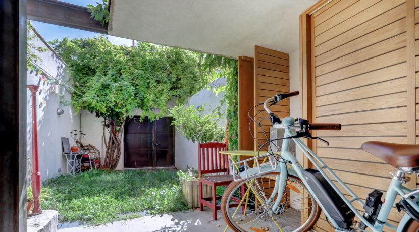 maison_jardin_vauban_cheminée_calme_marseille_lumineuse_13007_13006_charmante_abicyclette
