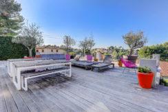 marseille_13012_saint julien_maisonindividuelle_terrasse_jardin_piscine_pleinsud_contemporaine_verriere_immenseterrasse_bbq_olivier_1