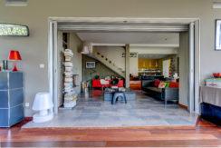 marseille_13012_saint julien_maisonindividuelle_terrasse_jardin_piscine_pleinsud_contemporaine_verriere_salon_cheminee