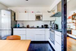 stjulien_13012_marseille_appartementmoderne_contenporain_design_ensoleille_pleinsud-terrasse_cuisine