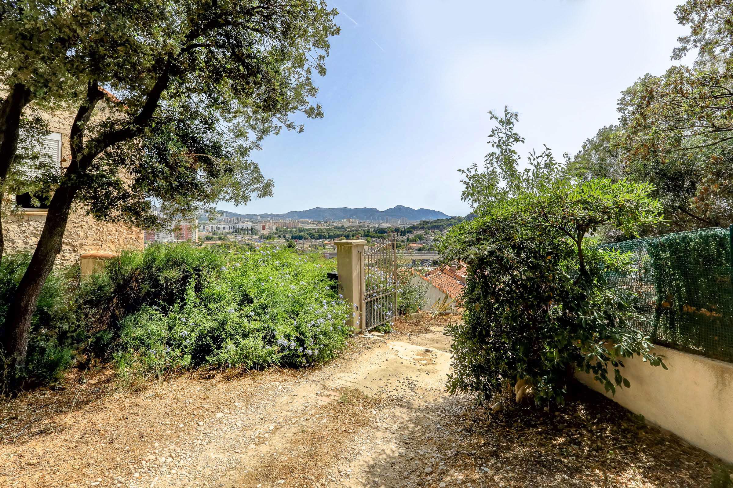 #Maison#jardin#marseille#13012-1