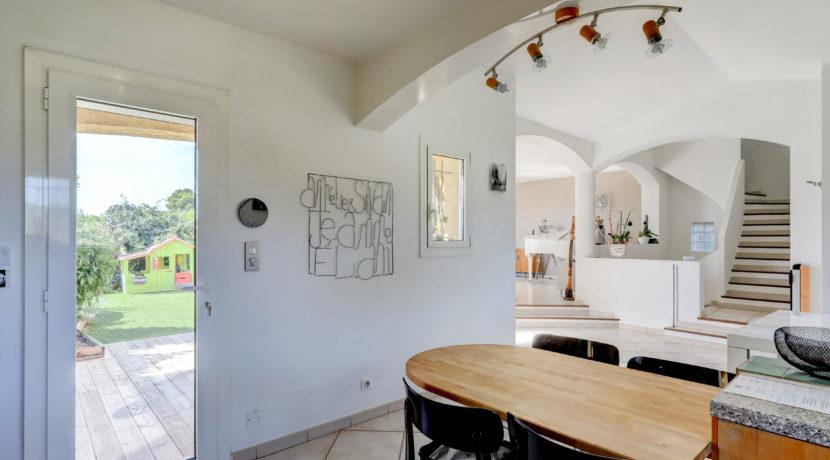 maison_piscine_estaque_13016-12
