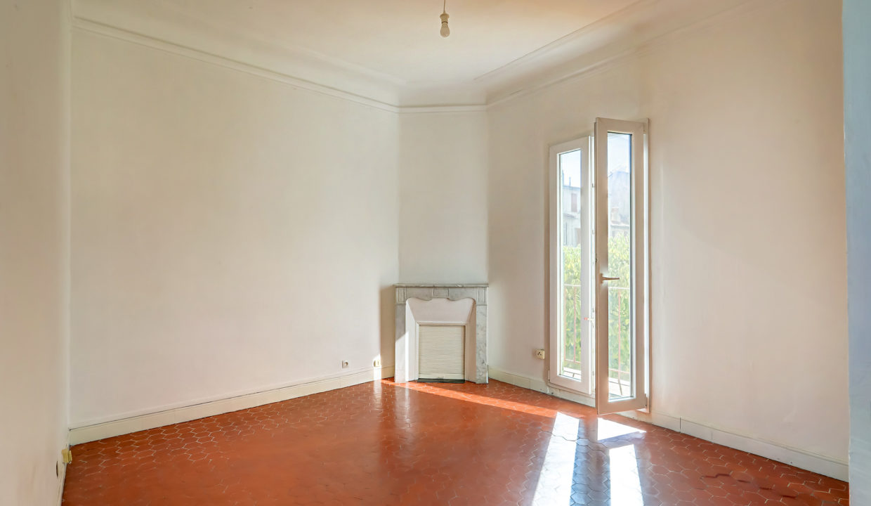 2ème et dernier étage_Droit_sud_pkg_13007_endoume_salon