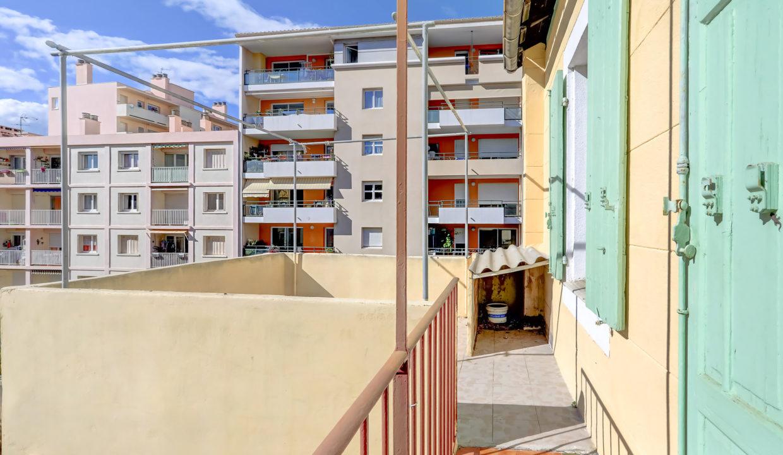 2ème et dernier étage_Droit_sud_pkg_13007_terrasse