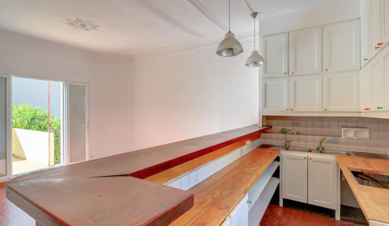 2ème et dernier étage_Gauche_sud_pkg_13007_terrasse_cuisine