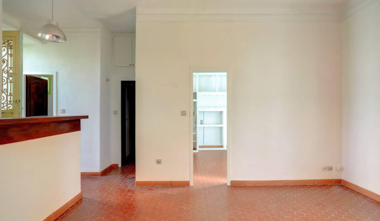 2ème et dernier étage_Gauche_sud_pkg_13007_terrasse_salon